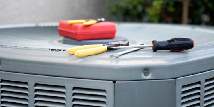 4 Questions to Ask Your HVAC Contractor About Air Conditioning Maintenance