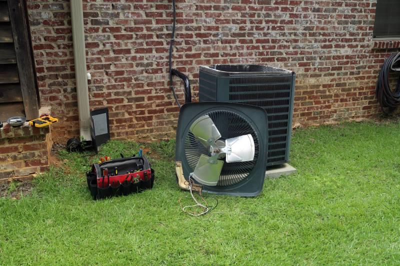 4 Reasons You Should Avoid DIY AC Repairs This Summer
